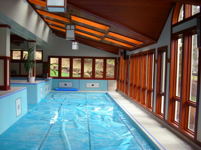 Indoor-long-pool