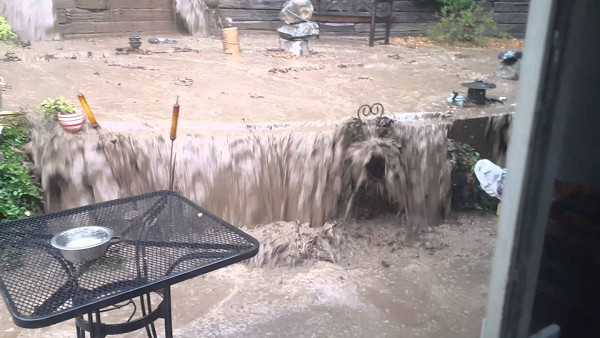 flooded-back-yard